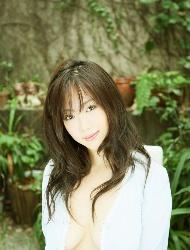 极品时尚日本美女写真图