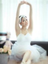 芭蕾美眉性感娇嫩