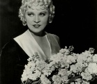 好莱坞百年来最伟大的女演员之梅・韦斯特